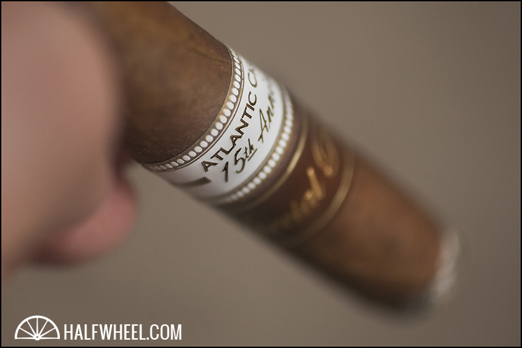 Oliva Atlantic Cigar 15th Aniversario Diadema 3
