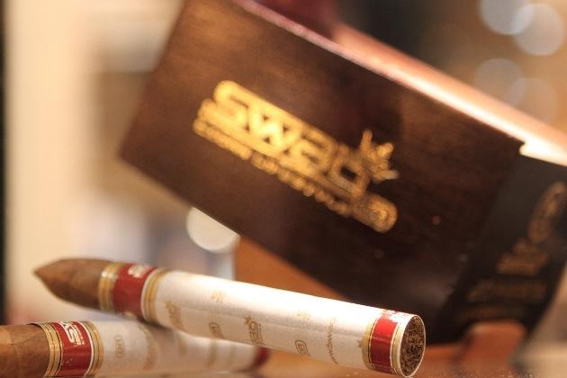 Habana Cuba Cigar Co. 1.png