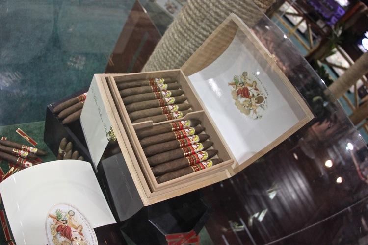 General Cigar IPCPR 2011 4.JPG