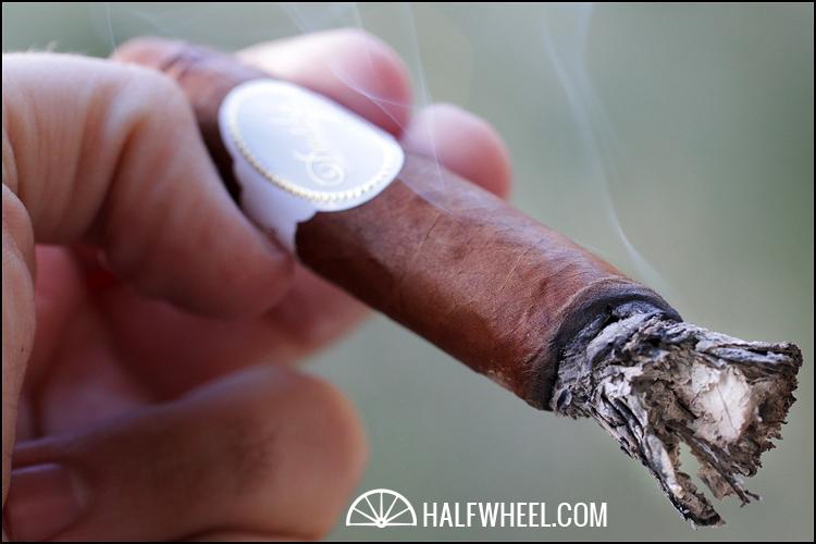 Davidoff Belicoso Supremo Limited White Edition 2011 3