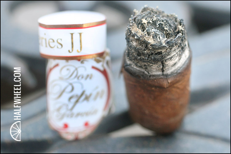 Don Pepin Garcia Series JJ Little Robusto 4