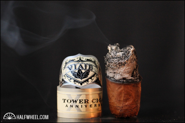 Viaje Tower Cigars 45th Anniversary Robusto  2012 4
