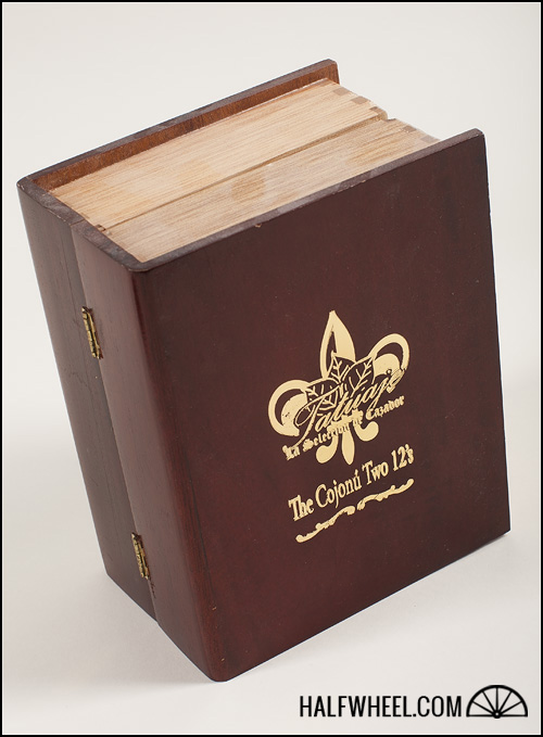 Tatuaje Cojonu The Book