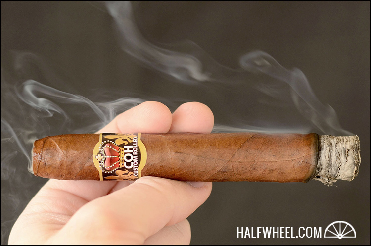 Cigars of Habanos Custom Rolled Piramides 2