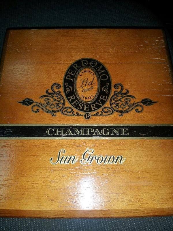 Perdomo Champagne Sungrown Box - May 2013