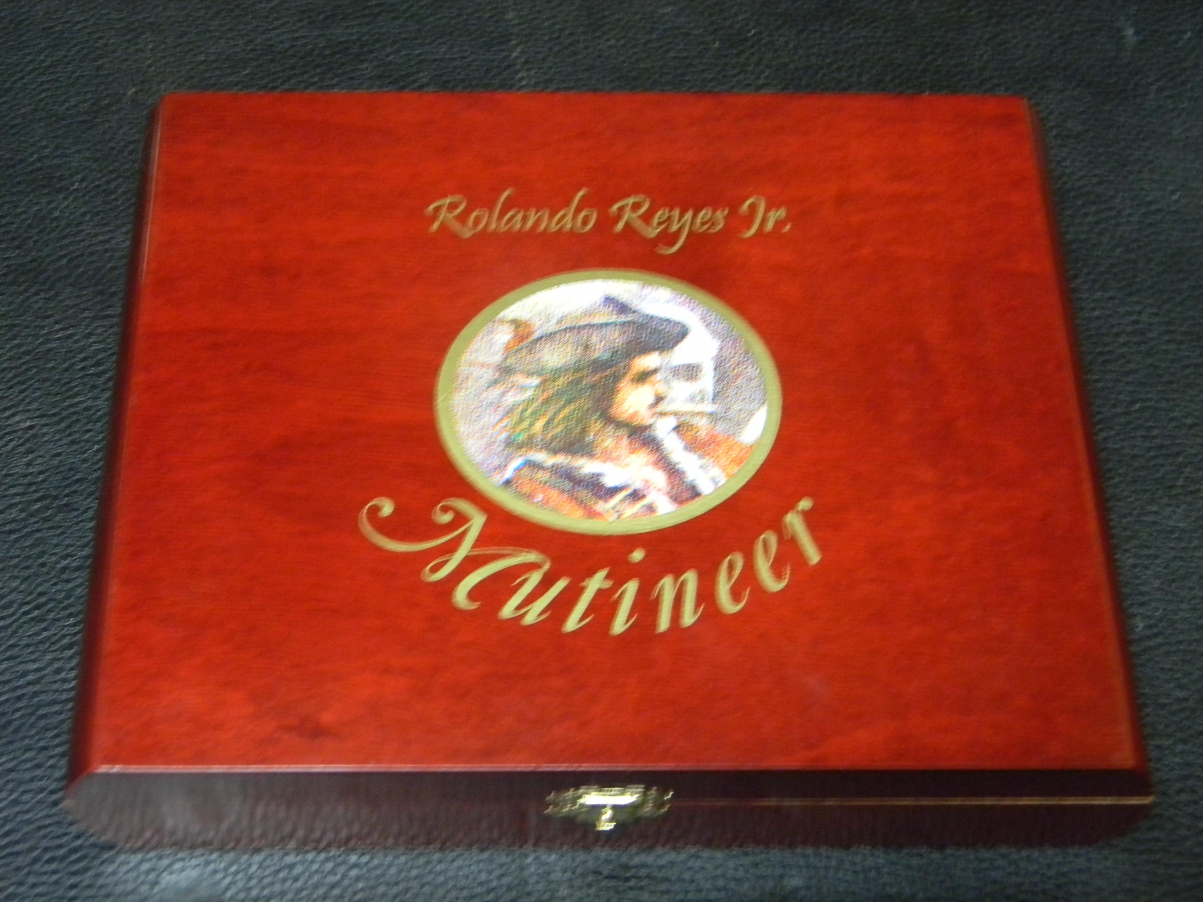 Reyes Red Mutineer New box 1 - June 2013