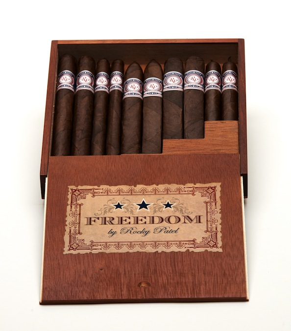 Rocky Patel Freedom The Works Sampler 2.jpg