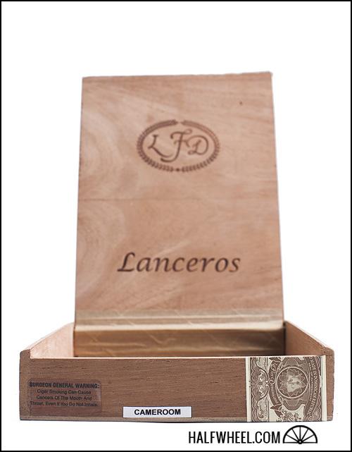 La Flor Dominicana Double Ligero Cameroon Lancero Box 3