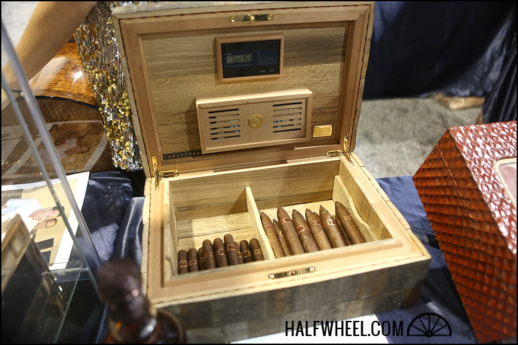 Whiskey Stave Humidor 3