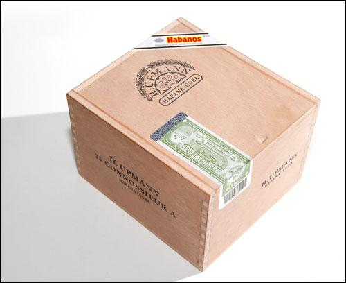 H Upmann Connossieur A Box