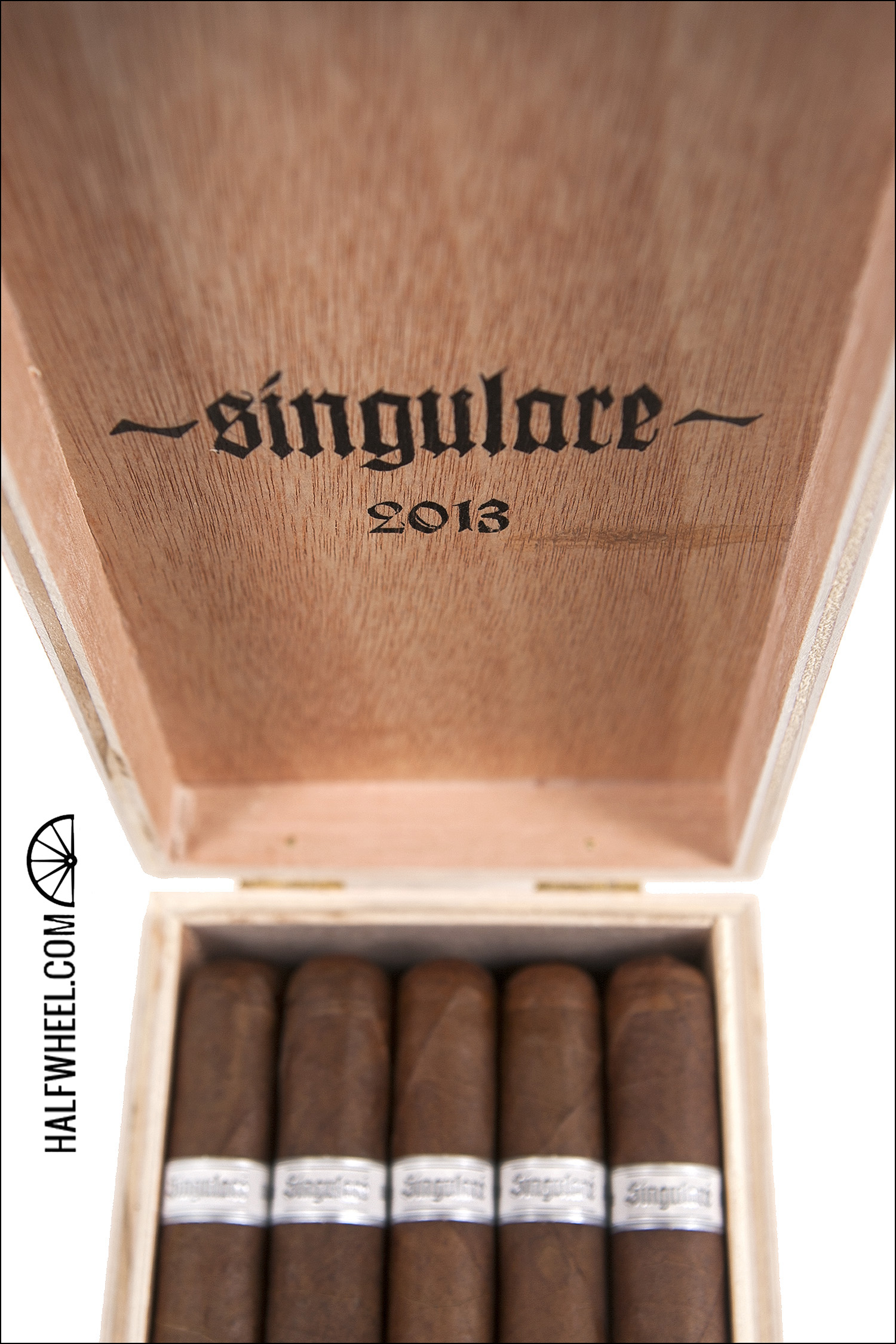 Illusione Singluare 2013 Rose Croix Box 3