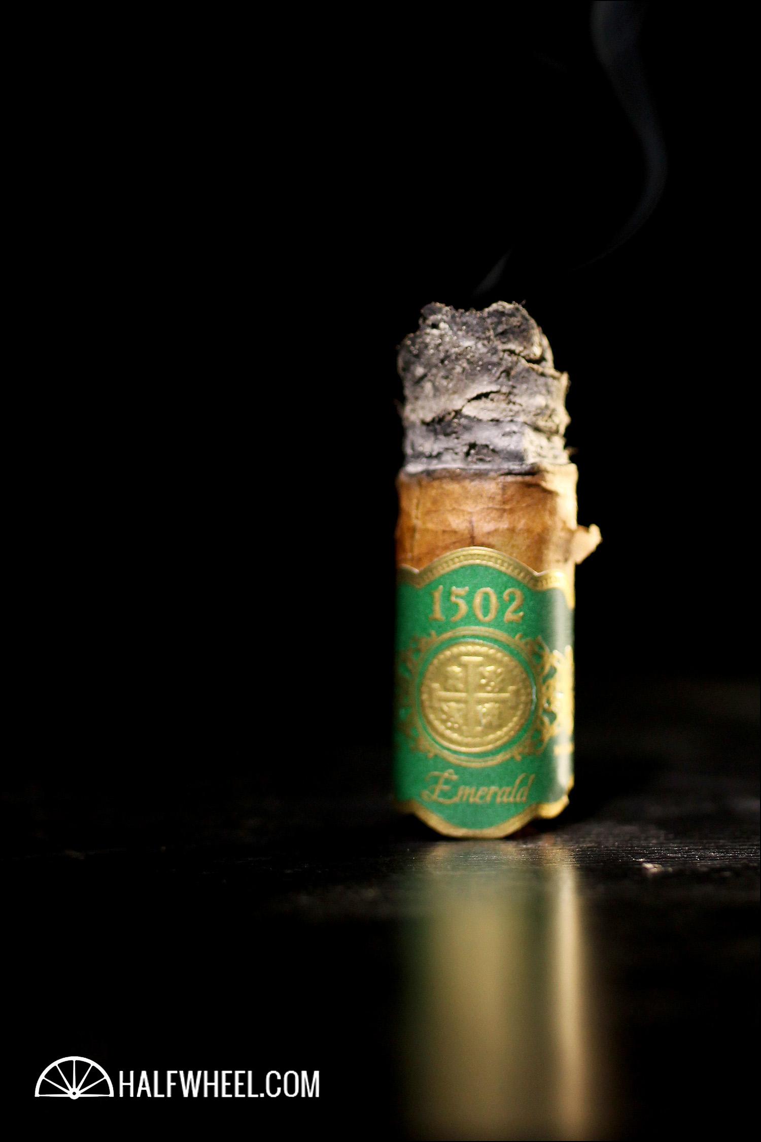 1502 Emerald Lancero 4