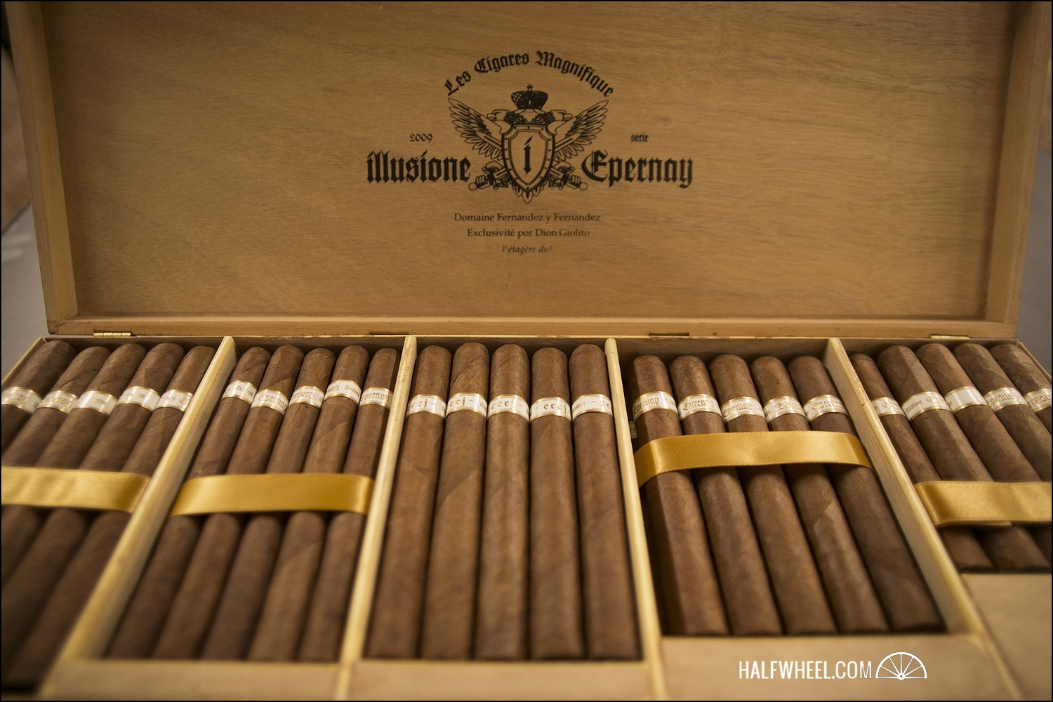Illusione Epernay Chest 3