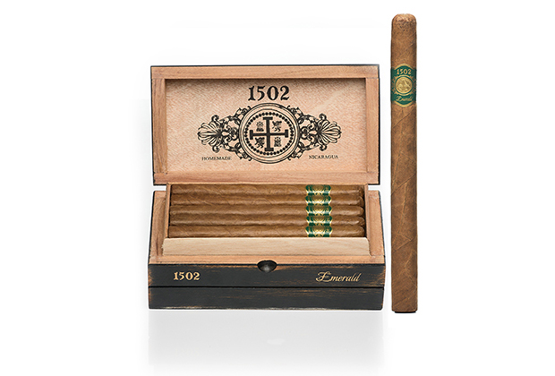 1502 Emerald box and stick