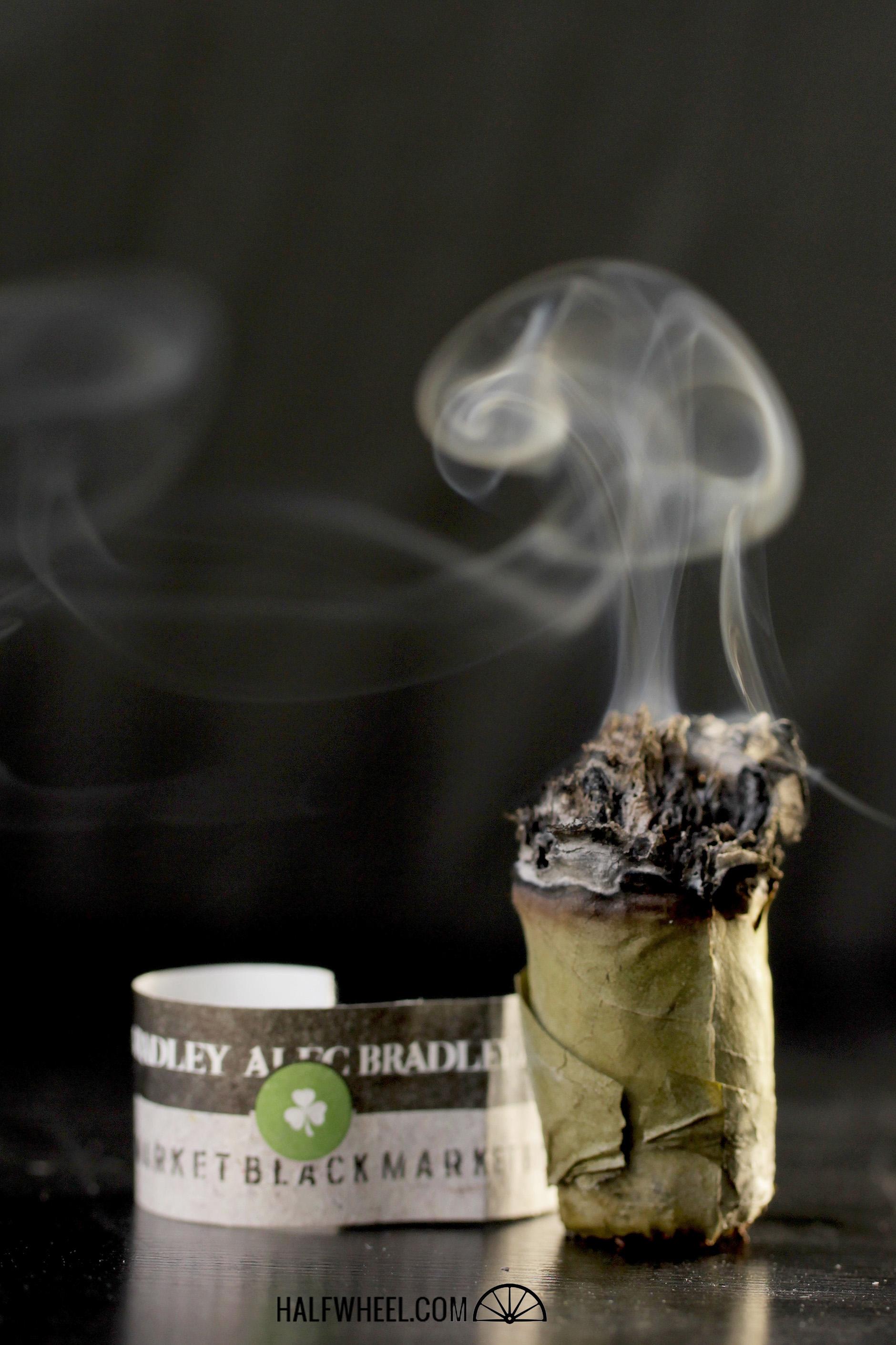 Alec Bradley Black Market Filthy Hooligan  2014 4