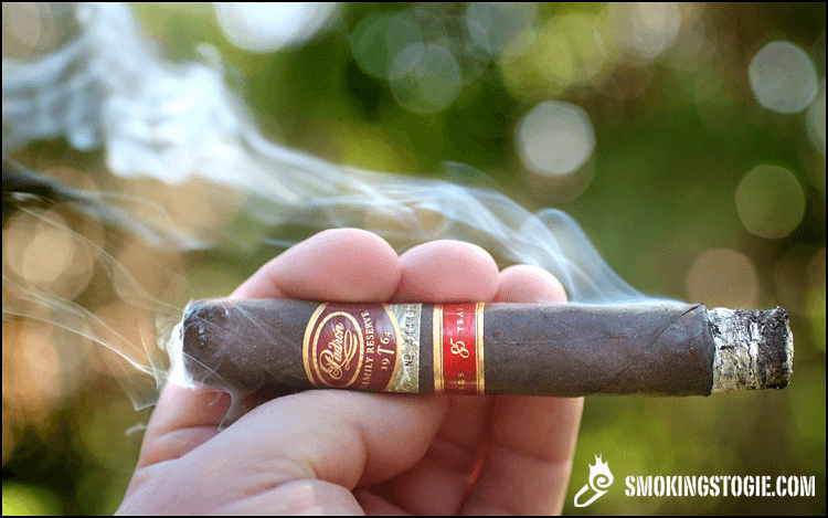 Padrón Family Reserve No. 85 Maduro 4.png