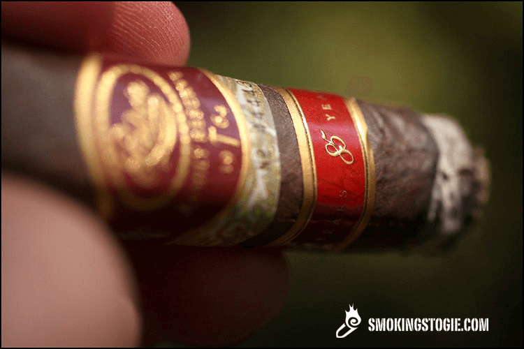 Padrón Family Reserve No. 85 Maduro 5.png