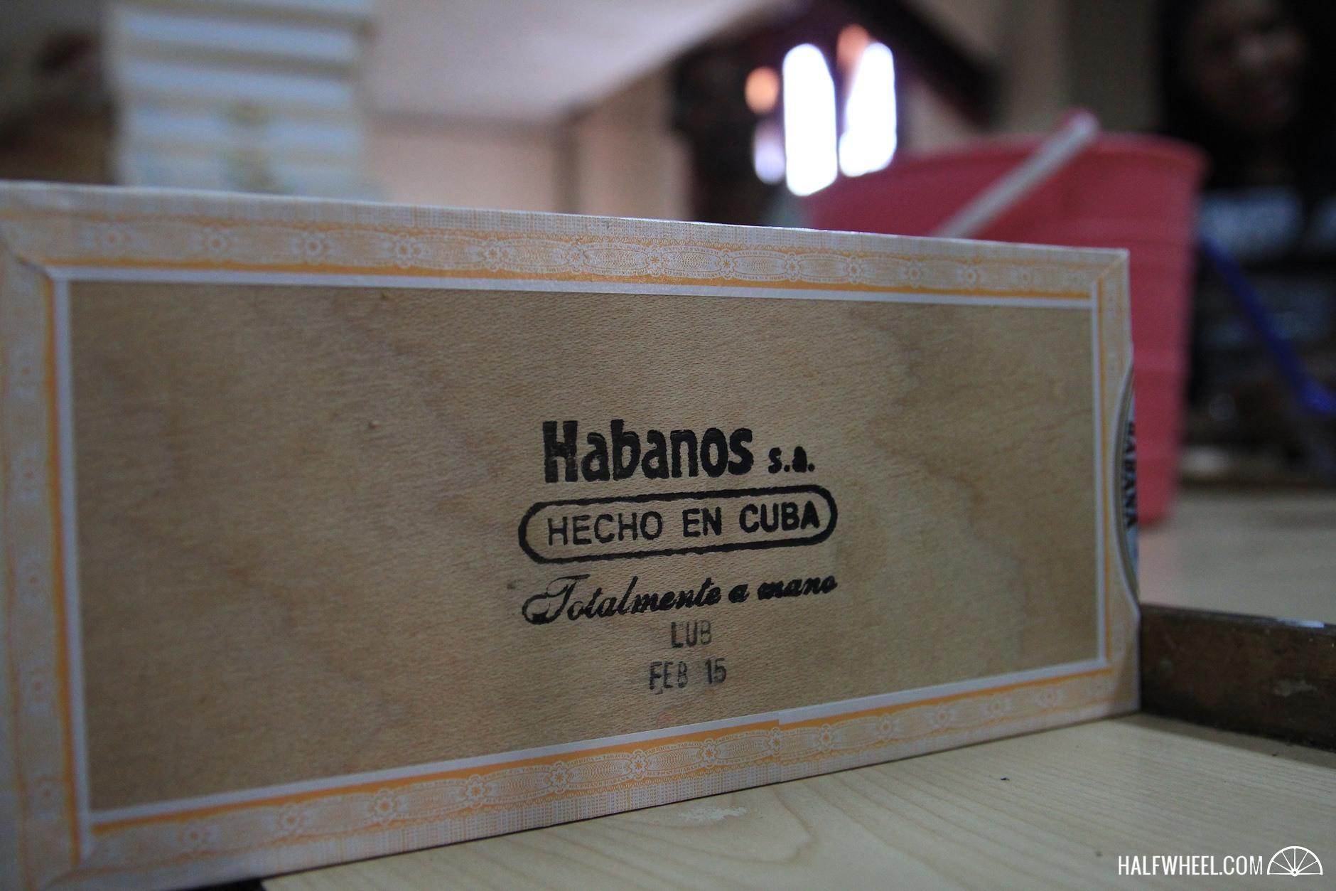 Habanos-Festival-2015-Day-4-H-Upmann-Feb-15-box.jpg