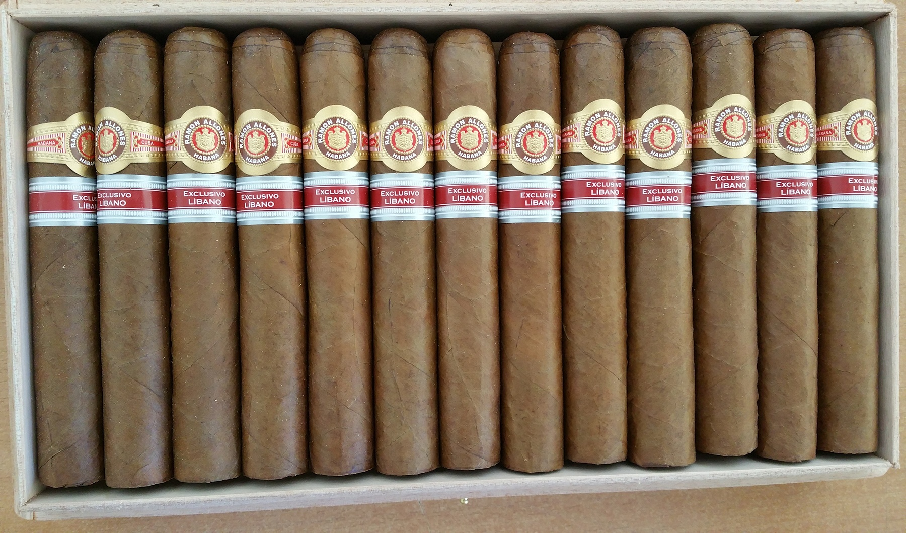 Ramon Allones Sur open box