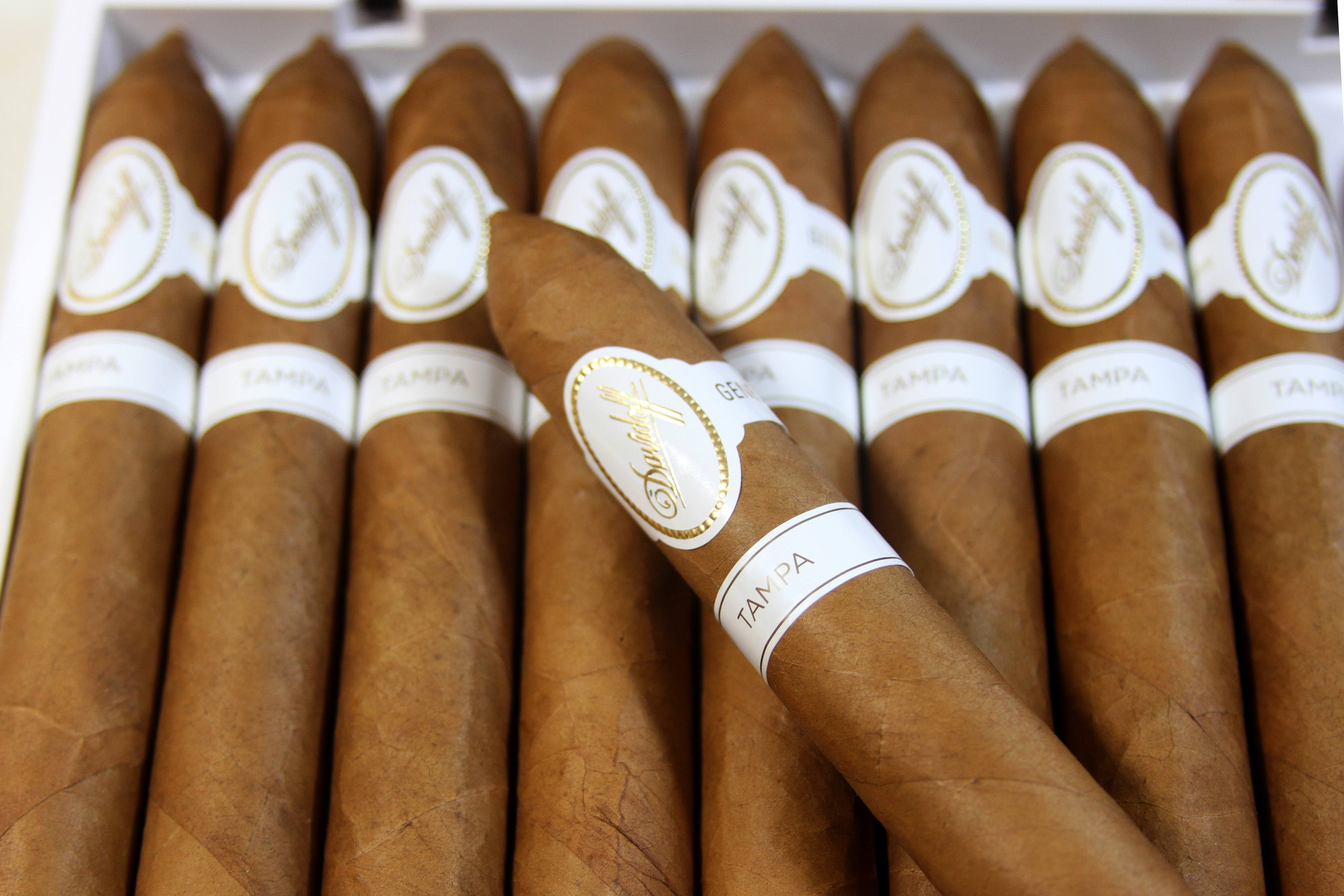 Davidoff Tampa Exclusive Cigars
