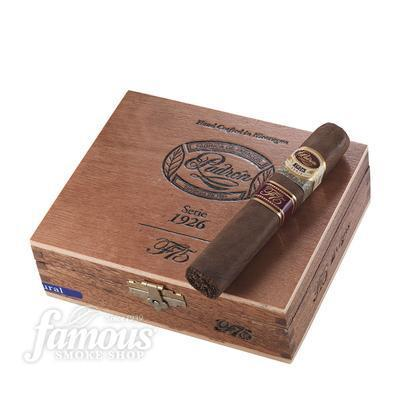Famous 75th Padron 1926 Serie