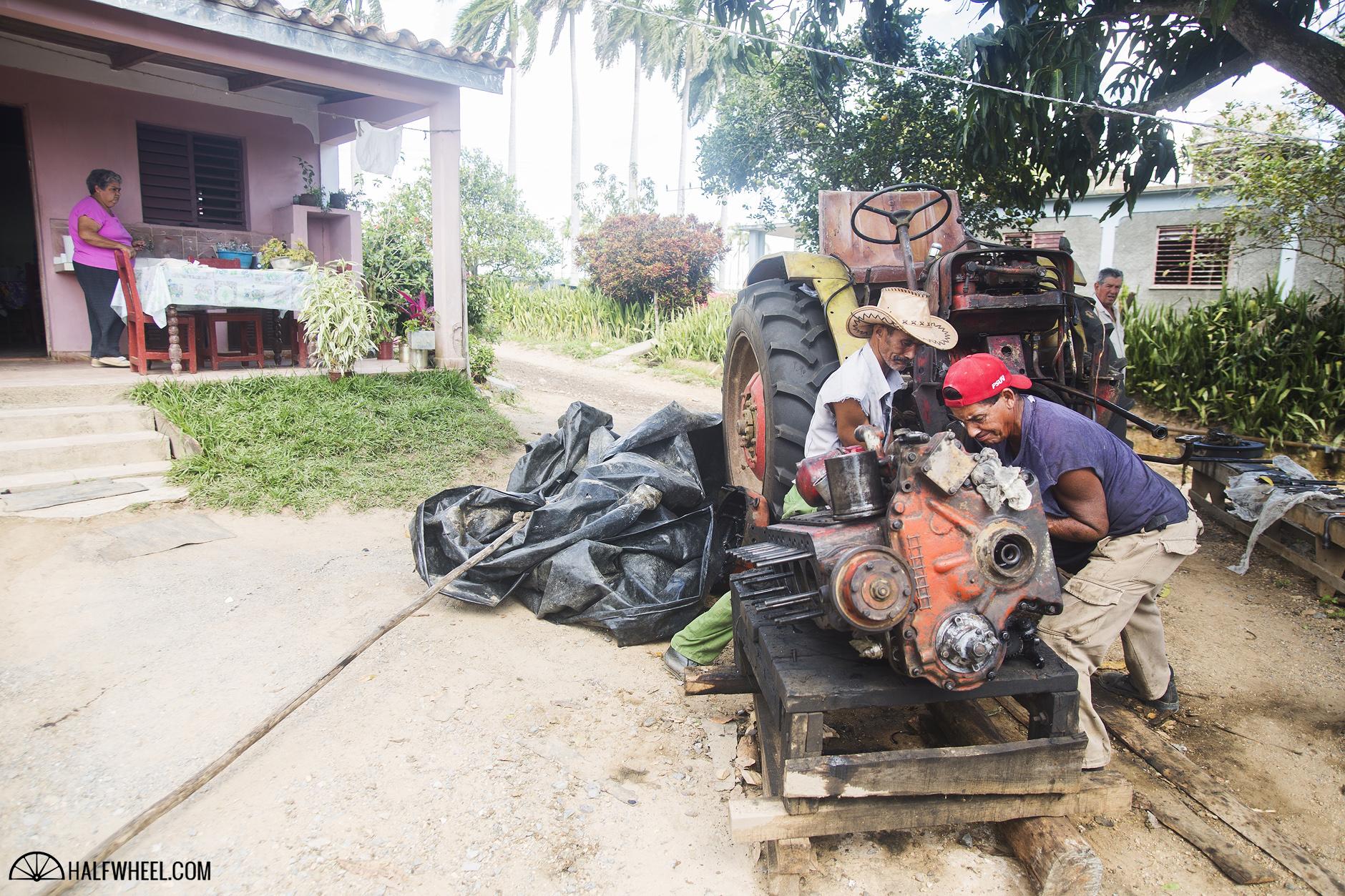 Cuban motor