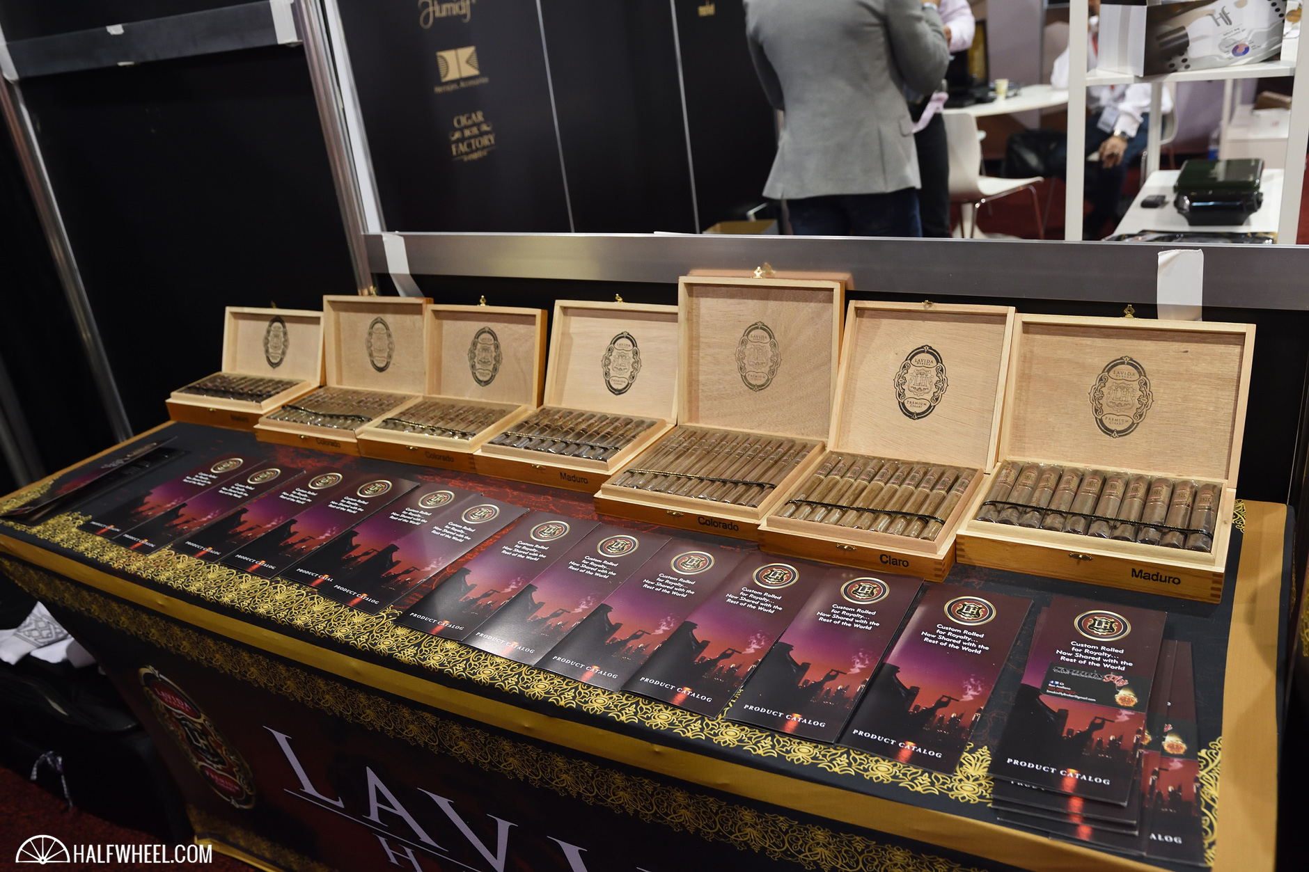 LH Premium Cigars three lines IPCPR 2016