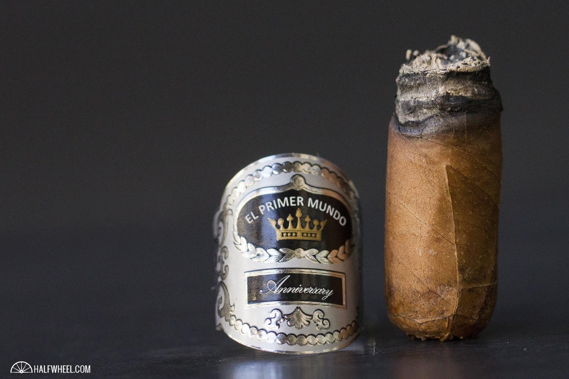el-primer-mundo-10th-anniversary-corona-4