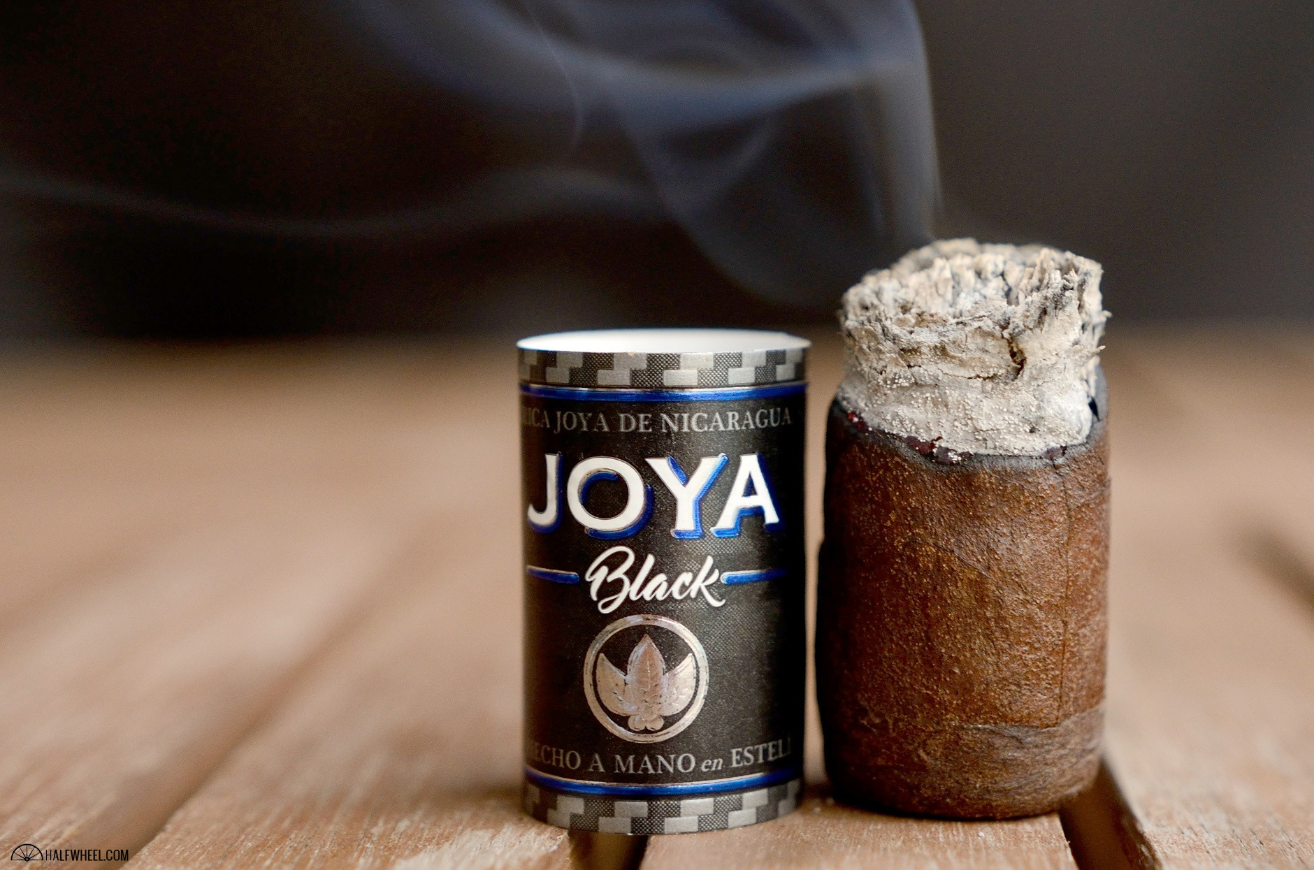 joya-black-robusto-4
