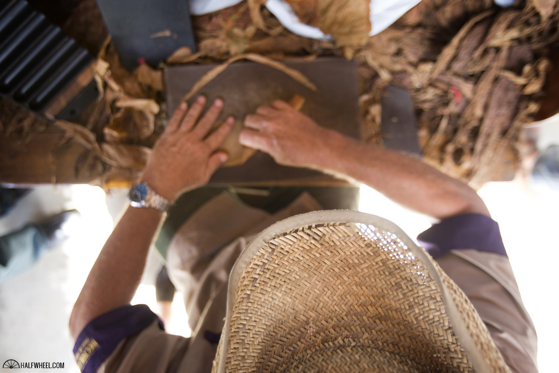 Festival del Habano XIX Day 2 Hector Luis Prieto Farm Custom Roller